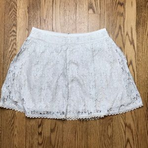 NWT American Eagle Ivory Floral Lace Skirt 4 B18